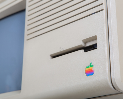 Apple Lisa detail logo voorkant